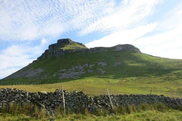 yorkshire-3-peaks-walking-9